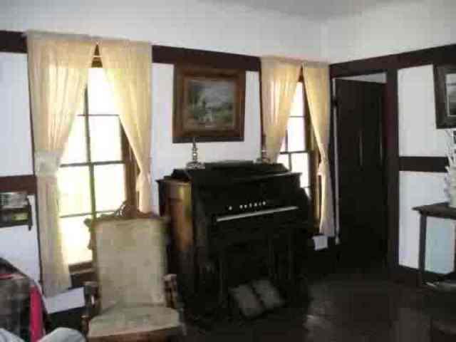 MJ Living Room