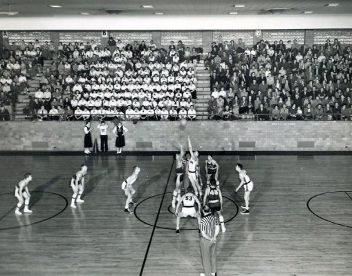 oldgym_tipoff